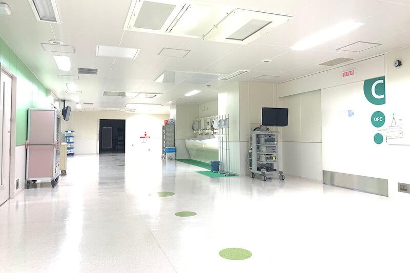 手術室の廊下